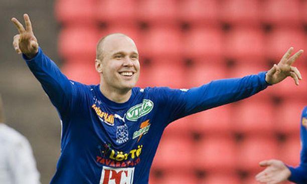 Viime kaudella Tampere Unitedin paidassa Suomen mestaruutta juhlinut Ville Lehtinen on JJK:n tunnetuin kasvatti.