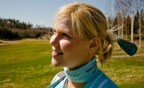 Minea Blomqvist-Kakko selvitti karsinnan golfin Euroopan-kiertueen kilpailussa Slovakiassa.