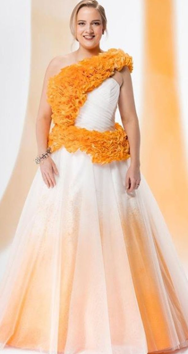 Saana Tynin puku on tehty kierrätysmateriaaleista.