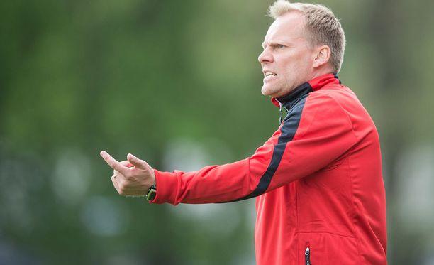 Toni Korkeakunnaksen komentama FC Lahti on noussut taistelemaan mitaleista.