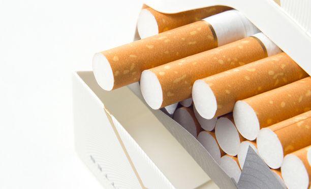 Tupakalle tulee tänä vuonna lisää hintaa.