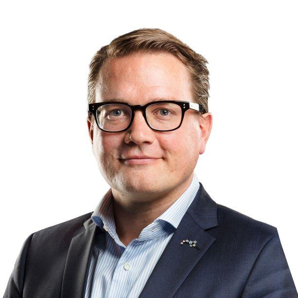 Panu Porkka siirtyy tehtävään Suomalaisen Kirjakaupan toimitusjohtajan paikalta.