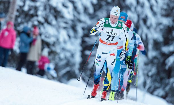 Jens Burman hiihti Rukalla 2016. Nyt hän on huolissaan maahantulorajoituksista.