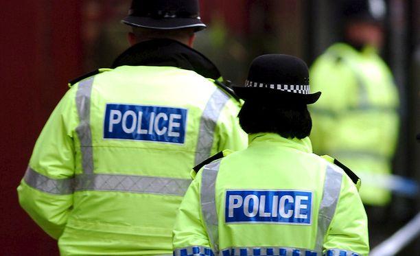 Birminghamissa 47-vuotias nainen on saanut happoa kasvoilleen tänään tiistaina.