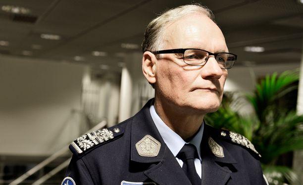 Mikko Paatero ei ymmärrä suojelupoliisin irrottamista muusta poliisitoiminnasta.