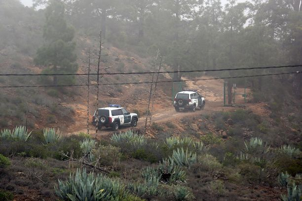 Ex-vaimon ja vanhemman pojan ruumiit löydettiin pitkän etsinnän jälkeen luolasta.