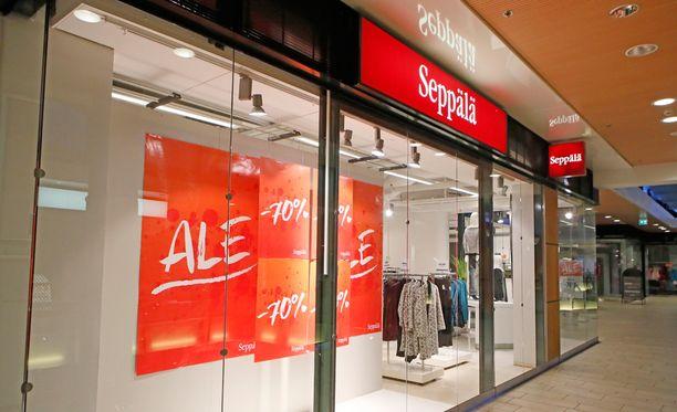 Yhtiö sulkee yt-neuvotteluiden tuloksena 14 myymälää vuokrasopimusten päättyessä.