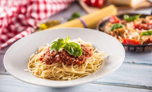 Ravitsemussuosituksissa ei kielletä lihan tai lihajalosteiden syömistä, mutta terveyttä ajatellen on hyvä valita mahdollisuuksien mukaan välillä muutakin kuin lihaisaa syötävää.