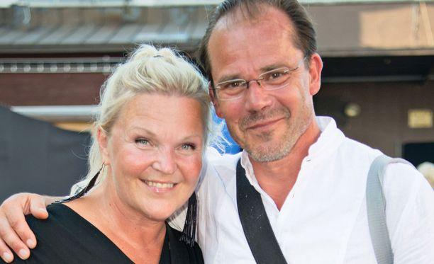Kuvassa Raakel ja Nicke Lignell viime kesänä.