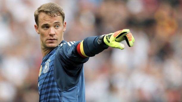 Neuer sanoo olevansa pelikunnossa. Valmentaja Joachim Löw luottaa Bayern-vahtiin kuin vuoreen.