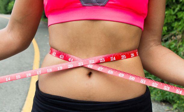 Asiantuntijat toppuuttelevat dieetti-innostusta.