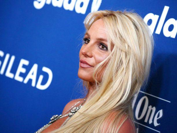 Britney Spears on henkisesti kovilla isänsä terveyden vuoksi.