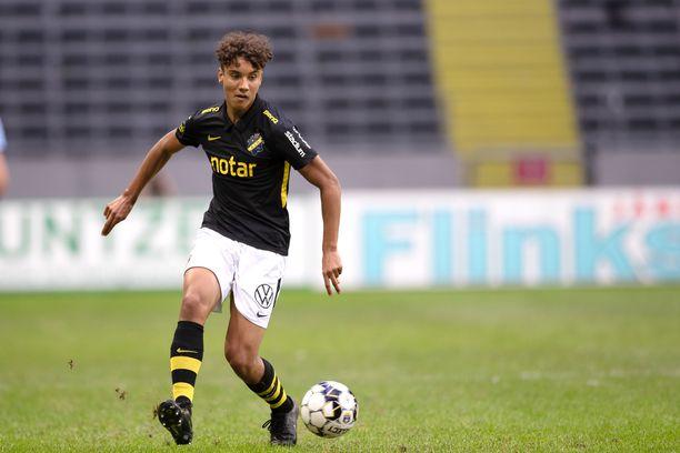 AIK:n 18-vuotias toppari Robin Tihi haluaa Suomen maajoukkueeseen.