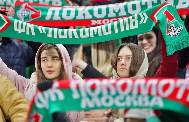 Lokomotiv Moskovan kannattajia kuvattuna 8. maaliskuuta. Kuvituskuva.