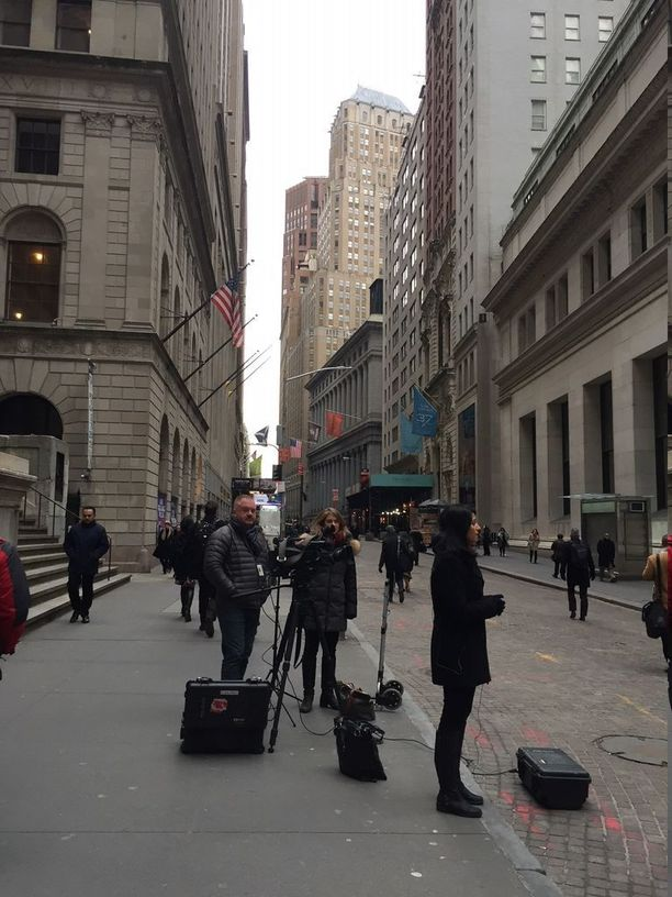 Monet mediat raportoivat tiistaiaamuna Wall Streetiltä.