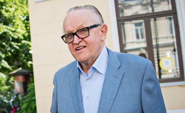 Martti Ahtisaarta ajettiin tiedettyä voimakkaammin YK:n pääsihteeriksi.
