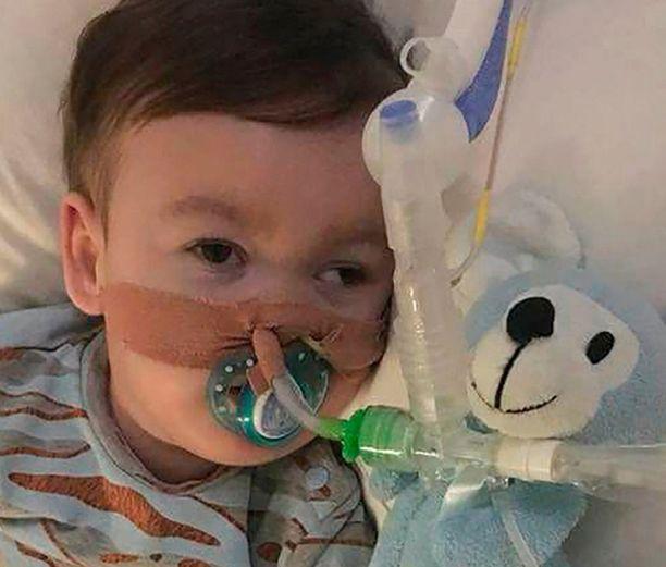 Alfie Evans vietti lyhyen elämänsä pääosin sairaalassa.