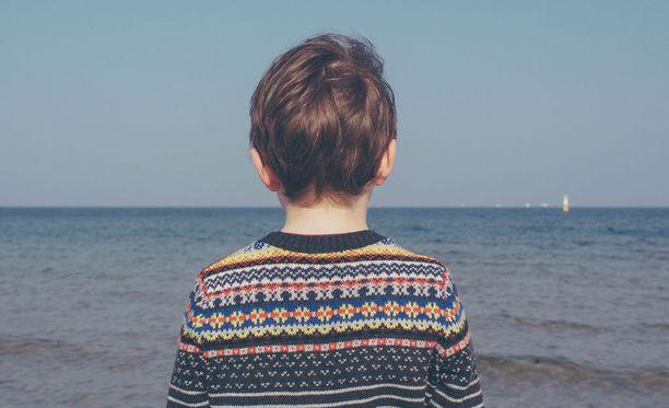 Oikeuden päätöksen perusteella esimerkiksi lapsen eristäminen on hyvä lastenkasvatuskeino. Kuvituskuva.