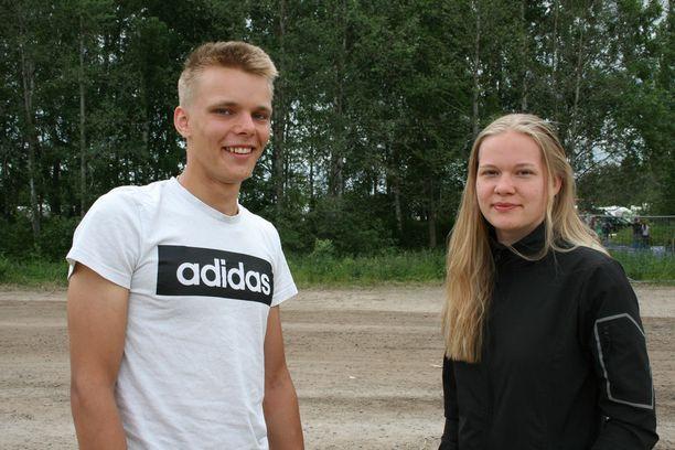 Konsta Hakala ja Erika Karhumaa.