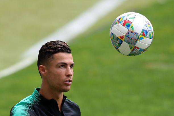 Cristiano Ronaldon Portugali kohtaa tänään keskiviikkona Sveitsin Uefan Kansojen liigan välierässä.