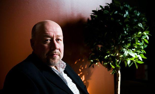 Turvapaikkayksikön johtaja Esko Repo ei pidä Ihamäen toiveita realistisina.