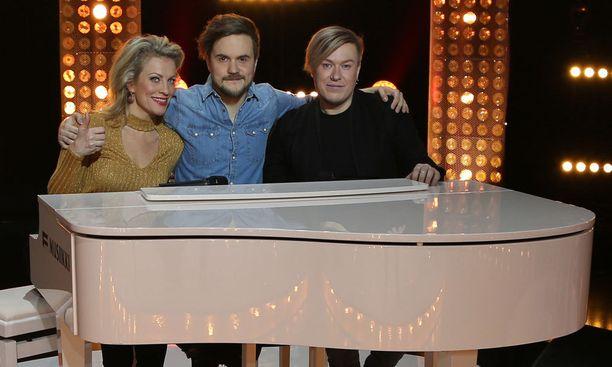 Laura Voutilainen ja Jesse Kaikuranta kisaavat Lasse Piiraisen joukkueessa.