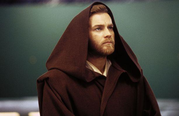 McGregor näytteli nuorta Obi-Wan Kenobia elokuvissa Pimeä uhka (1999), Kloonien hyökkäys (2002) sekä Sithin kosto (2005).