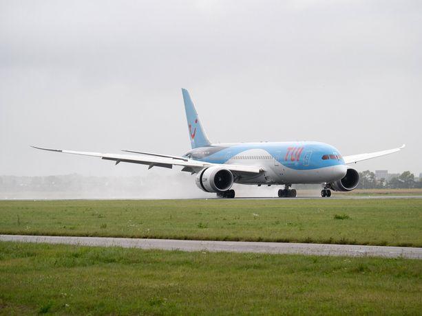 Kuvan Tui-yhtiön kone ei liity tapaukseen, mutta on samaa tyyppiä Boeing 787 Dreamliner.