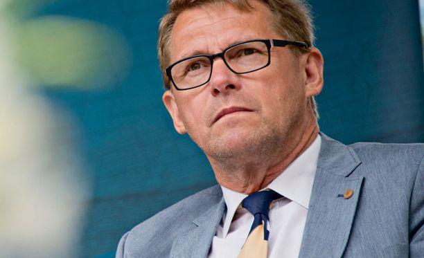 Entisellä pääministerillä Matti Vanhasella on kokemusta Venäjä-suhteiden hoidosta.