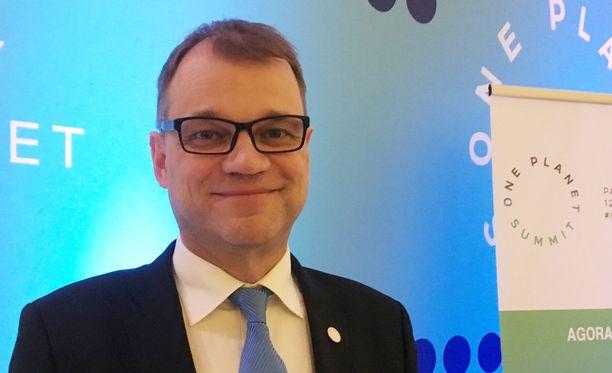 Pääministeri Juha Sipilä (kesk) on sitonut oman kohtalonsa osittain myös keskustan Matti Vanhasen vaalimenestykseen.