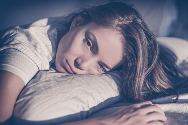 REM-unen nukkuminen liian kuumassa tai kylmässä ei onnistu, koska se asettaisi elimistön liian suureen vaaraan lämmönsäätelykyvyn puuttuessa.