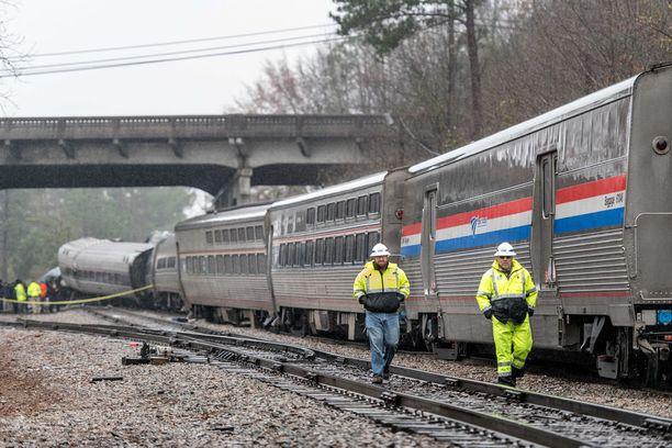 Juna oli matkalla Miamista New Yorkiin.