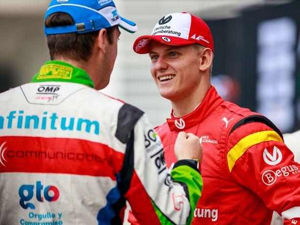 Mick Schumacher ajoi viikonloppuna Meksikossa Race of Champions -tapahtumassa Sebastian Vettelin rinnalla.
