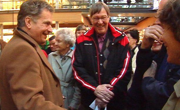 Vaalityön lomassa Niinistö kommentoi myös Ylen ohjelmaa.