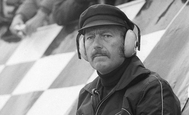 Minkä F1:stäkin tutun autovalmistajan perustaja oli Colin Chapman?