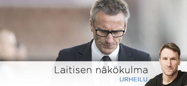 Klubi antoi Sixten Boströmille potkut.