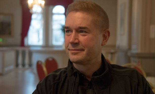 Marco Bjurström tunnetaan myös tanssinopettajana, ohjaajana, koreografina ja viestintäkouluttajana. Bjurström juonsi Tanssii tähtien kanssa-kilpailua vuodet 2006-2009.