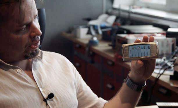 Johannes Väänäsellä riittää myös ymmärrystä Nokian päätökselle olla kiinnostumatta hänen älypuhelimestaan.