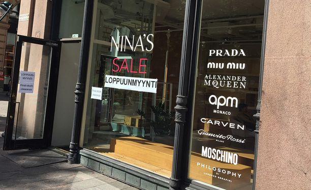 Elokuun alussa Nina's aloitti loppuunmyynnin. Elokuun 11. päivänä yritys tuomittiin konkurssiin.