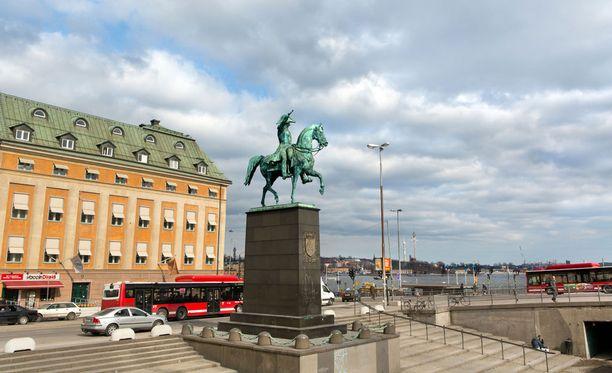 Ulkoilmatapahtuma äityi väkivaltaiseksi Tukholmassa. Kuvituskuva.