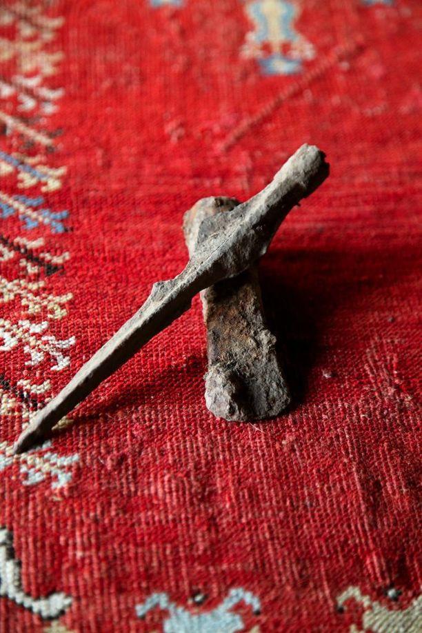 Laukon vanhasta satamasta löydetty 200-luvun skandinaavinen keihäänkärki.