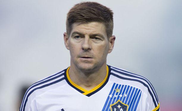 Steven Gerrard osoitti, että Liverpool ei unohdu hetkessä.