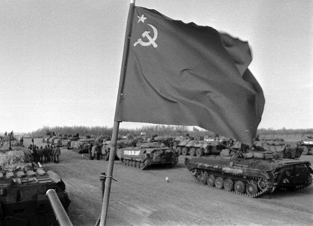 CIA pelkäsi Neuvostoliiton pystyvän miehittämään koko Pohjolan. Kuva vuodelta 1989, jolloin neuvostojoukot vetäytyivät Afganistanista.