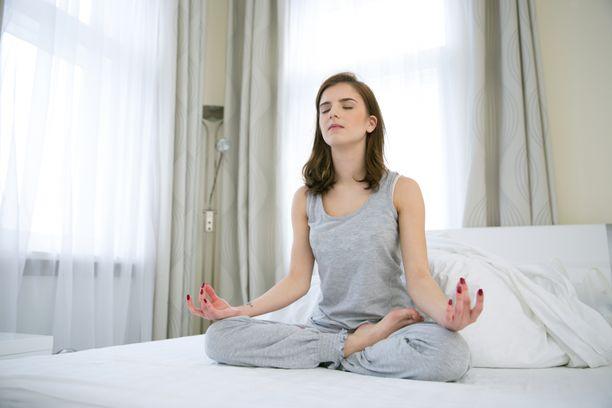 Jotkut käyttävät myös meditaatiota unen päästä kiinni saamiseen.