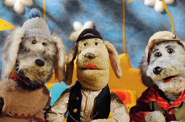 Tie kutsuu Rikua, Eno-Elmeriä ja Ransua, joka on syntymäpäiväsankari.