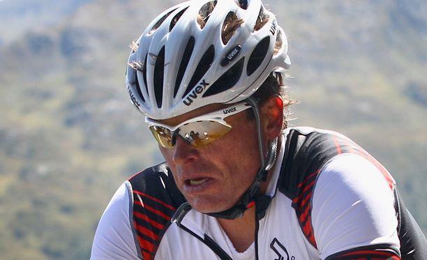 Jan Ullrich (kuvassa) palauttaisi Lance Armstrongille Tour-voitot.