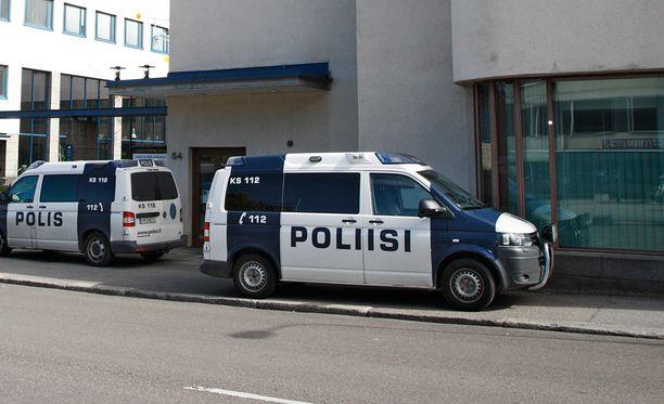 Jyväskylän mellakan jälkeen tehdyssä analyysissa todettiin, että mellakkapoliisin varautuminen ja varustaminen tulee varmistaa koko maassa.