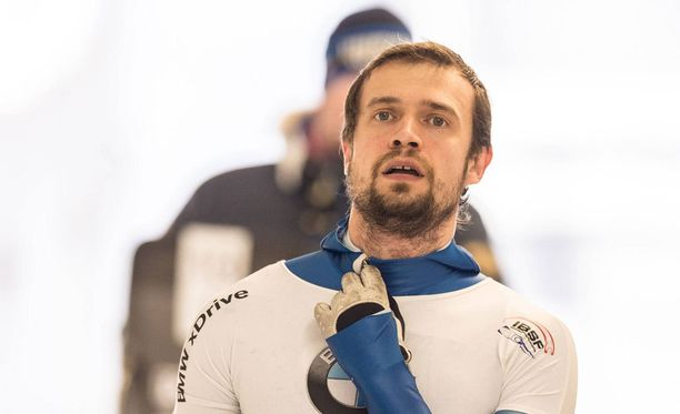 Aleksandr Tretjakov menettää Sotshin olympiakultansa.