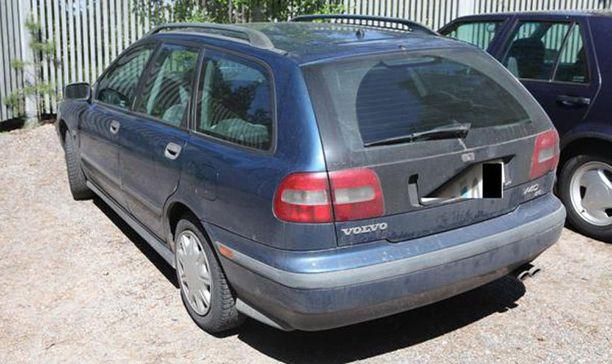 Epäiltyjen käyttämä auto on ollut ulkomaan rekisterissä.