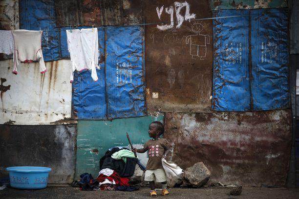 Lapsikauppa on valtava ongelma Nairobissa. Kuvituskuva paikallisesta slummista vuodelta 2019.